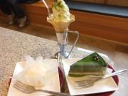 デザート 海南にあるくろさわ牧場のソフトクリーム。レアチーズケーキ。プレミアム抹茶ケーキ。
